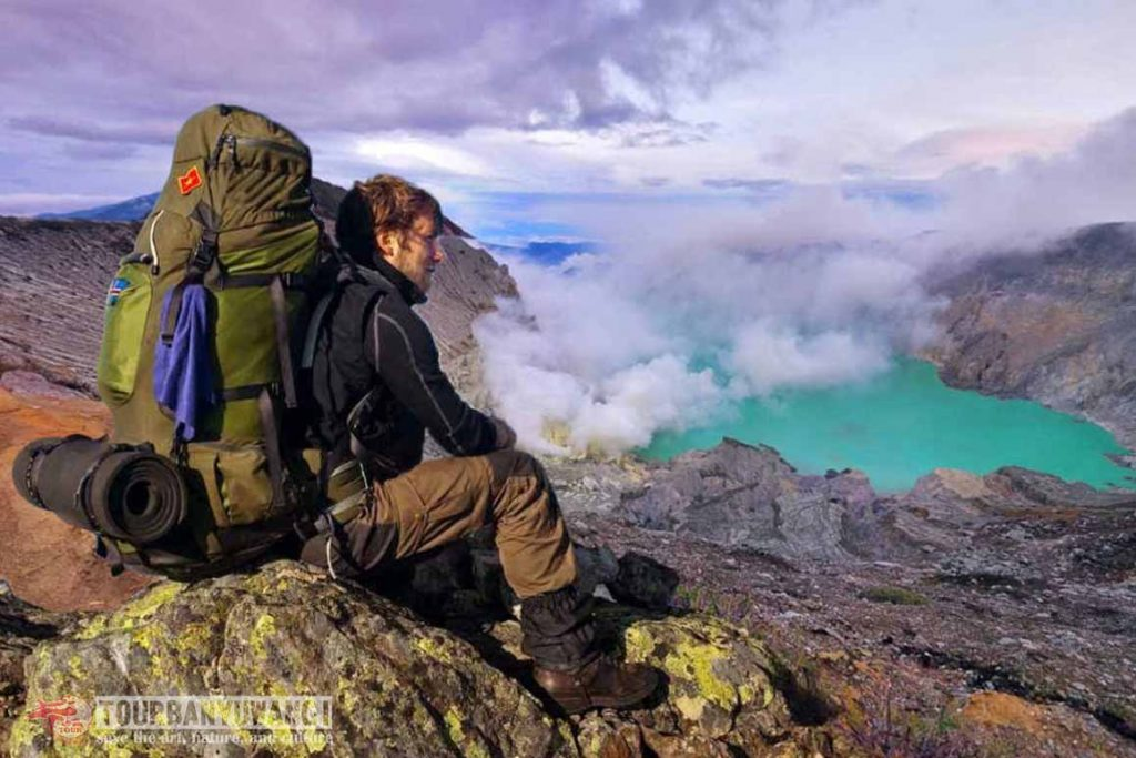 Tips mendaki Kawah ijen, pendaki kawah ijen, backpacker kawah ijen
