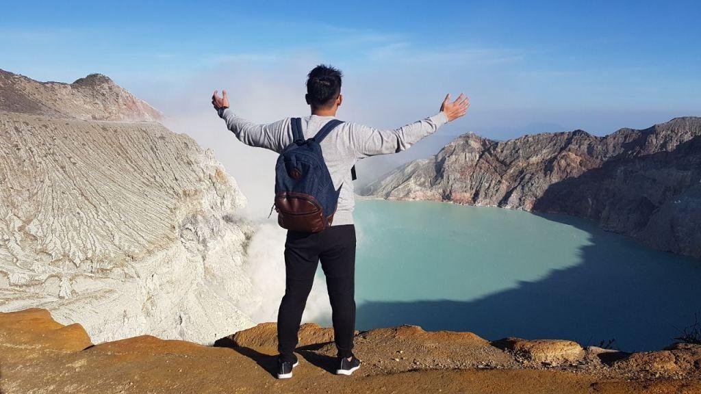 paket tour kawah ijen banyuwangi, wisata banyuwangi ijen, gunung ijen
