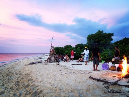 trip ke pulau tabuhan, pulau tabuhan dan menjangan, paket