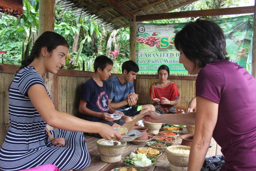 wisata kopi Banyuwangi, edukasi kopi, tour kebun kopi