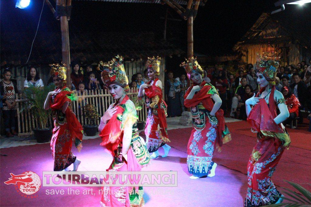 Paket Wisata Banyuwangi 2 Hari 1 Malam, Wisata Seni Budaya Banyuwangi, kampung Osing Banyuwangi