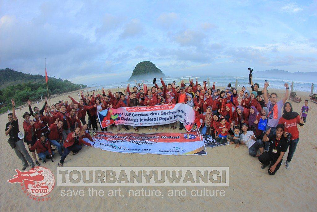 hutan Jawatan Benculuk, Destinasi wisata Banyuwangi, pantai pulau Merah Banyuwangi