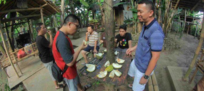 Kampong Durian Songgon – Desa Balak