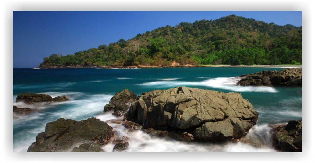 Pantai rajegwesi, pantai selatan banyuwangi