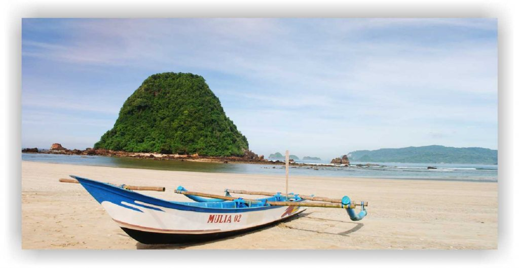 Red island banyuwangi, pulau merah accommodation