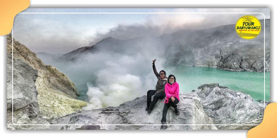 wisata kawah ijen banyuwangi, blue fire ijen crater, tour and travel kawah ijen, www.tourbanyuwangi.com, 08113411712